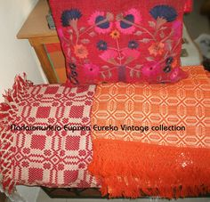Cretan textile Fabric Art, Bed Spreads, Folk Art, Weaving, Textiles, Traditional, Quilts, Embroidery, Crochet