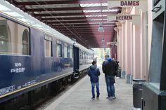 Het stationsgebouw uit 1874 werd zo'n 10 jaar geleden geheel leeggehaald en grotendeels teruggebracht in de 19e-eeuwse staat