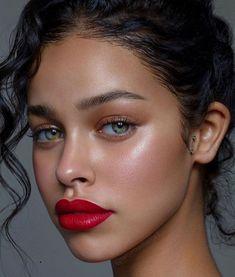 Chic 120 Summer Makeup Ideas - Schicke 120 Sommer Make-up Ideen Makeup Goals, Makeup Inspo, Makeup Inspiration, Beauty Makeup, Face Makeup, Makeup Ideas, Makeup Tutorials, Vogue Makeup, Makeup On Tan Skin
