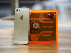 Neutron - A Full-Blown Windows PC in the Palm of Your Hand