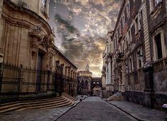 Catania - Via Dei Crociferi