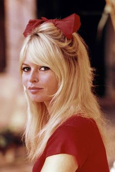 Brigitte Bardot knew how to rock a bow.
