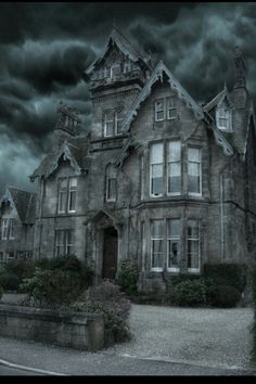 I want to live here :)