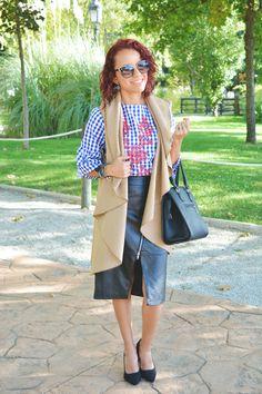 Look formal con blusa de cuadros bordada #gabbysweetstyle