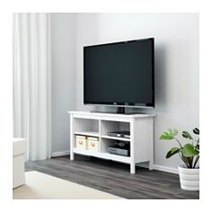 IKEA - BRUSALI, Móvel TV, castanho, , Prateleiras reguláveis. Adapte o espaço entre as prateleiras segundo as suas necessidades.As saídas para cabos tornam mais fácil passar os cabos por trás, mantendo-os escondidos mas acessíveis.Compartimentos abertos para um leitor de DVD, etc.