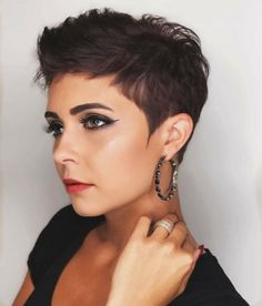 Choosing a pixie cut will never be outdated. A pixie is simple yet attractive. Go for these best pixie cuts that are trending now and the next fashion icon is you. Edgy Pixie Cuts, Best Pixie Cuts, Long Pixie Cuts, Short Hair Pixie Edgy, Asymmetrical Pixie, Pixie Haircut For Thick Hair, Short Pixie Haircuts, Punk Pixie Haircut, Shaggy Haircuts