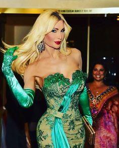 Cassandra Cass Simple Pictures, Tgirls, Crossdressers, Beyonce, Beautiful People, Wonder Woman, Pure Products, Superhero, Transgender Female