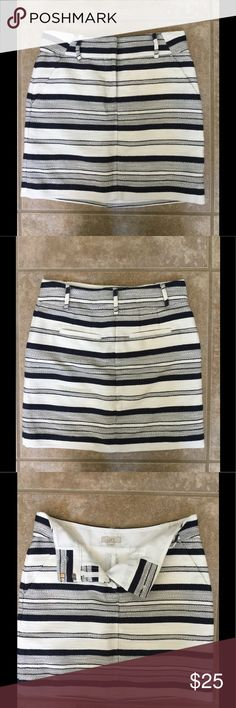 """Striped Skirt Fabulous navy and white striped skirt. The skirt is lined. Only worn once. Mixture of cotton, polyester and rayon. Best part of this skirt is that it had front and back pockets! Measures 17"""" in length. Would be great for summer or paired with tights for fall. LOFT Skirts Mini"""