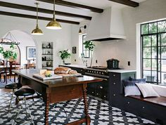 black and gold dream kitchen