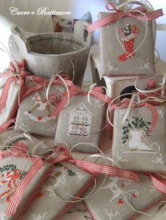 PDF Shabby Advent Calendar Christmas ornaments cross stitch patterns : Cuore e Batticuore e-pattern hand embroidery Winter December by thecottageneedle
