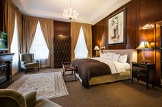 Come take a look at our King Suite, where luxury and comfort meet  http://www.lhotelmontreal.com/default-en.html