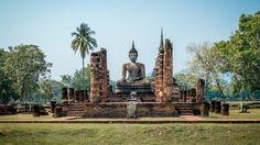 Sukhothai, Tajlandia. Pierwsze stolica tego kraju. Dzisiaj tylko ruiny, które robią wielkie wrażenie! Przynajmniej na mnie zrobiły ;)