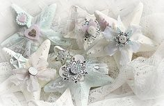 DIY:: Shabby Lace Star Ornaments