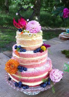 Naked Wedding Cake | #myweddinginvite | #weddinginvitations | For all your wedding invite needs, visit www.myweddinginvite.co.nz Customizable & DIY Printable