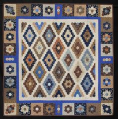 Queensland Quilters.  Diamond and Sapphires by Charmaine Gillies