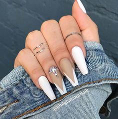 23 Elegant French Tip Coffin Nails You Need to See Bling Acrylic Nails, Acrylic Nails Coffin Short, White Acrylic Nails, Coffin Shape Nails, Best Acrylic Nails, Summer Acrylic Nails, White Tip Nails, Bling Nails, Matte Nails