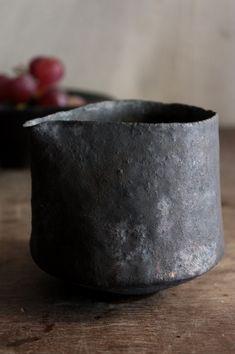 Black ceramics
