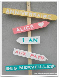 Pancarte alice aux pays des merveilles #DIY #AliceAuPaysDesMerveilles #AliceInWonderland
