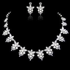 Victorian Style White/Ivory Pearl Wedding Necklace by Annamall, $55.99