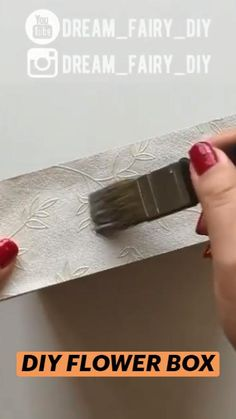 Diy Crafts For Home Decor, Diy Crafts To Do, Diy Projects To Try, Arts And Crafts, Diy Flower Boxes, Diy Flowers, Present Wrapping, Dog Care Tips, Blog Tips