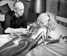 """Shirley Eaton being painted for """"Goldfinger"""""""