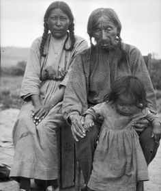 Medicine Woman with her father, Black Whetstone, and her daughter Agnes - Northern Cheyenne - no date