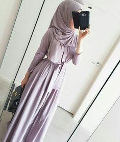 Image in Hijab styles collection by free spirit Islamic Fashion, Muslim Fashion, Modest Fashion, Hijab Mode, Mode Abaya, Modest Wear, Modest Outfits, Eid Outfits, Fashion Outfits