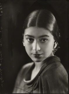 Margot Fonteyn, 1935 (Bassano) reminds me of Julianna