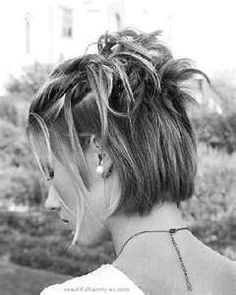 half up wedding hairstyles for short hair- yes, if you're getting married at a place you can drive-thru, this hairstyle is perfect