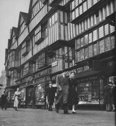 High Holborn | London in 1953 by Cas Oorthuys