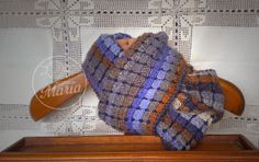 """Bufanda de topos azul  de """"mamá María"""" - Blue polka dots scarf from """"mamá María"""""""