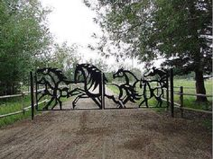 """This would be the """"Welcome to my awesome dream barn"""" gate Dream Stables, Dream Barn, Horse Stables, Horse Farms, Future Farms, Equestrian Decor, Horse Ranch, Entrance Gates, Gate Design"""