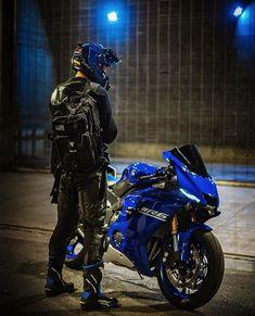 Late delivery Yamaha Motorbikes, Yamaha Bikes, Yamaha Yzf R6, R6 Motorcycle, Moto Bike, Motorcycle Outfit, Motorcycle Garage, Valentino Rossi Helmet, Bike Couple