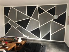 Black and grey wall paint deco Bedroom Wall Designs, Accent Wall Bedroom, Home Decor Bedroom, Room Decor, Diy Bedroom, Wall Painting Living Room, Wall Painting Decor, Black Painted Walls, Black Walls