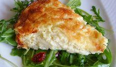 Μια πολύ εύκολη συνταγή για μια αφράτη και γευστικότατη τυρόπιτα με γιαούρτι χωρίς φύλλο, για να την απολαύσετε ως πρωϊνό ή συνοδευτικό με το κυρίως πιάτο σας με ψητό κρέας ή κοτόπουλο.    Υλικά συνταγής    600 γρ. τυρί