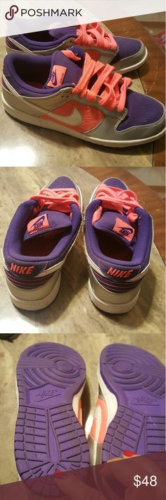 Nike Low Tops Shoes Low top shoes, barely worn with popping colors/laces. Nike Shoes Athletic Shoes
