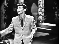 "▶ Frankie Avalon ""Venus"" - Thanks for the memories fresh faces, Dick Clark! 50s Music, Frankie Avalon, American Bandstand, Only Play, Star Wars, Greatest Songs, My Favorite Music, Belle Photo, Love Songs"