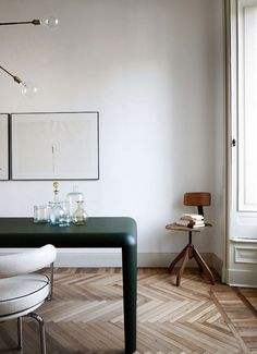 3 Versatile Clever Ideas: Minimalist Living Room Design Stools minimalist interior home modern.Minimalist Home Decoration Floors minimalist living room design stools. Minimalist Interior, Minimalist Decor, Modern Interior Design, Home Design, Interior Styling, Interior Architecture, Modern Interiors, Minimalist Living, Simple Interior