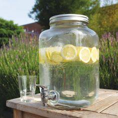 Perfekt für die Wasserbar: Getränkespender.