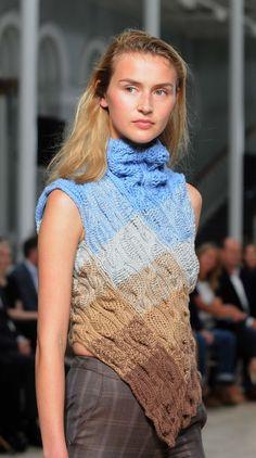 Home knitters and high fashion with Scots designer Graeme Black at Edinburgh International Fashion Show Knitwear Fashion, Knit Fashion, High Fashion, Fashion Show, Knitting Designs, Knitting Ideas, International Fashion, Knit Crochet, Crochet Stitches