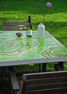 BLOK garden table / BLOK buitentafel met groene roos