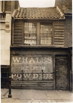 Whales' ice cream shop, 13a Poplar High St, London c. 1900