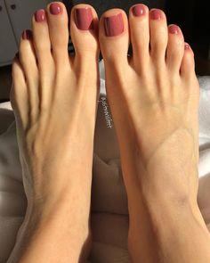 Sublime toe nail polish idea pedicure 48 Adorable Easy Toe Nail Designs You Will Love Simple Toe Nails, Pretty Toe Nails, Cute Toe Nails, Love Nails, Pretty Toes, Cute Toes, Feet Nail Design, Toe Nail Designs, Toe Nail Color