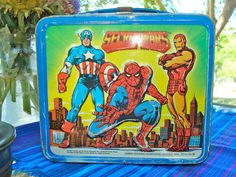 Great vintage condition Aladdin secret wars metal lunch box no thermos please look at pictures and feel free to ask questions Please note there is some edge wear Will be well packaged for shipping Lunch Box Thermos, Tin Lunch Boxes, Vintage Lunch Boxes, Metal Lunch Box, Marvel Comics Superheroes, Marvel Avengers, The Incredible Hulk Marvel, Iron Man, Spiderman