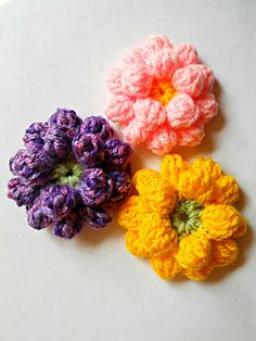This free crochet pattern for this lovely 3D Dahlia is available as written instructions, step by step picture tutorial and also video tutorial.