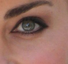 cute way to do eyeliner a la Kate Middleton...liner on lower lids is just outside of the inner rim
