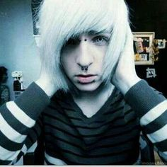 emo boy white hair white eyes