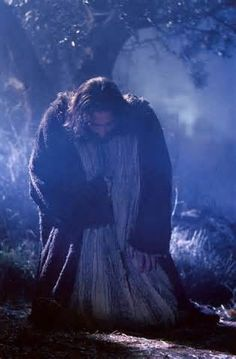 """Movie """"The Passion of The Christ"""" - Jesus humbling himself before God the Father in the Garden of Gethsemane La Passion Du Christ, Image Jesus, Agony In The Garden, Gospel Of Luke, Saint Esprit, Jesus Christus, Jesus Pictures, Jesus Is Lord, Jesus Father"""