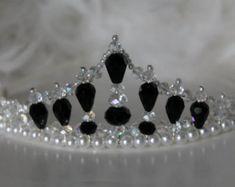 Black and White Crtstal and Pearl Tiara Hair Jewelry, Bridal Jewelry, Beaded Jewelry, Handmade Jewelry, Fashion Jewelry, Pearl Headband, Head Wrap Headband, Headband Hair, Crown Headband