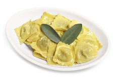 TORTELLI AI CARCIOFI  I primi piatti di Pasta Fresca, cucinati espressi al momento dell'ordine e serviti in ricche ed abbondanti porzioni!
